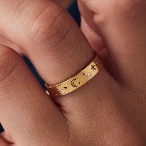 Model wearing engraved diamond ring