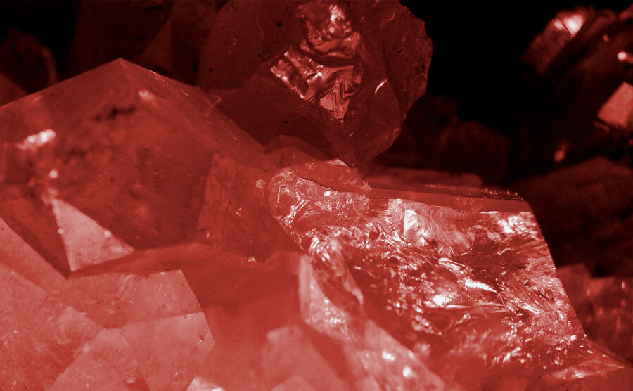 Garnet Birthstone in natural form