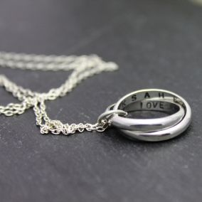 Personalised Interlinking Script Necklace