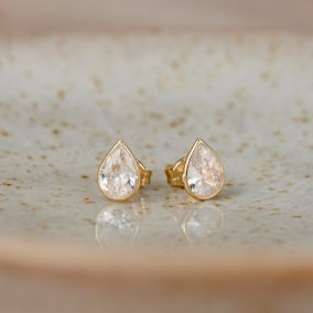 Teardrop 9ct Gold Stud Earrings with Cubic Zirconia