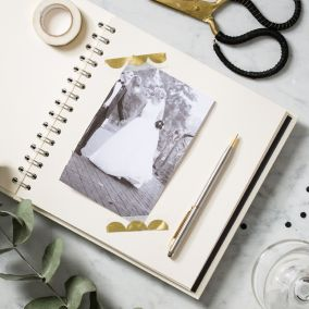Personalised Cream Wedding Planner Book