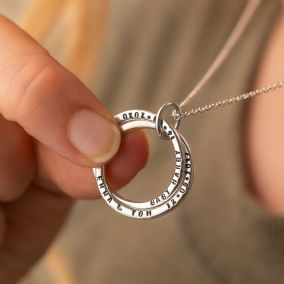 Personalised Interlinking Names Necklace