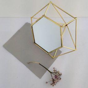 3D Geometric Standing Mirror