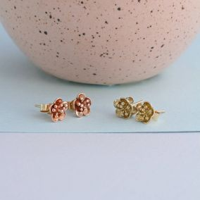 9ct Gold Flower Stud Earrings