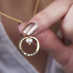 personalised jewellery gifts for her
