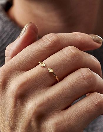 Share a Hug Ring